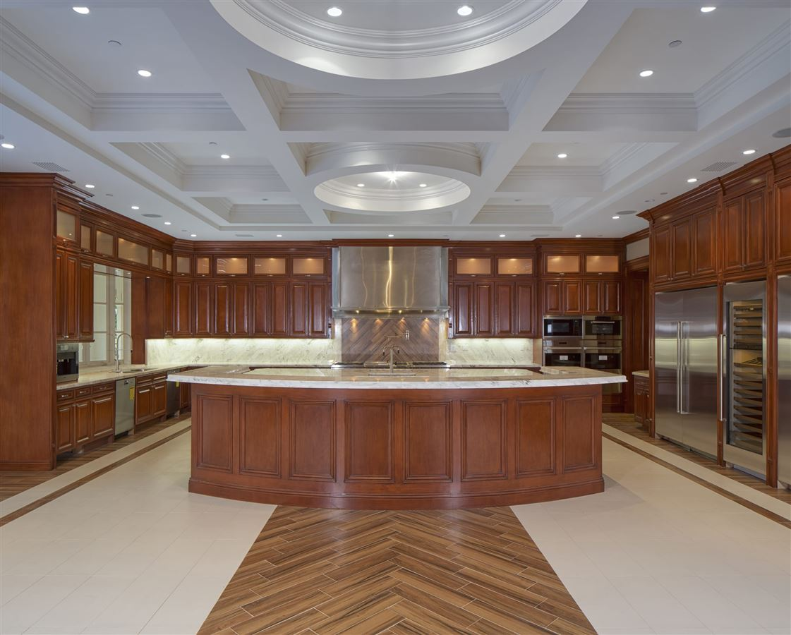 Luxury homes An estate of incomparable grandeur and palatial elegance
