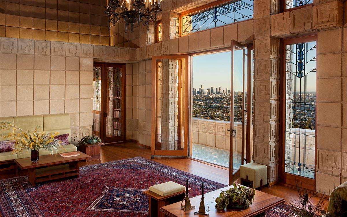 Luxury homes The ENNIS HOUSE in los angeles