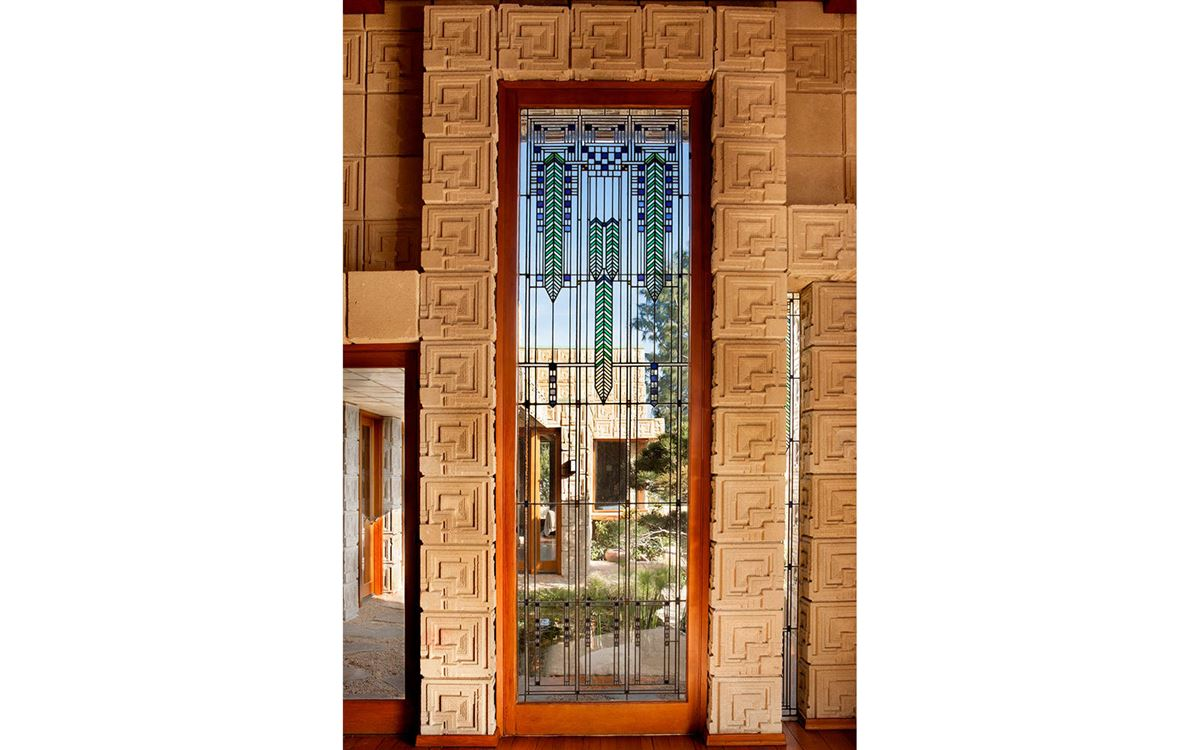 Mansions in The ENNIS HOUSE in los angeles