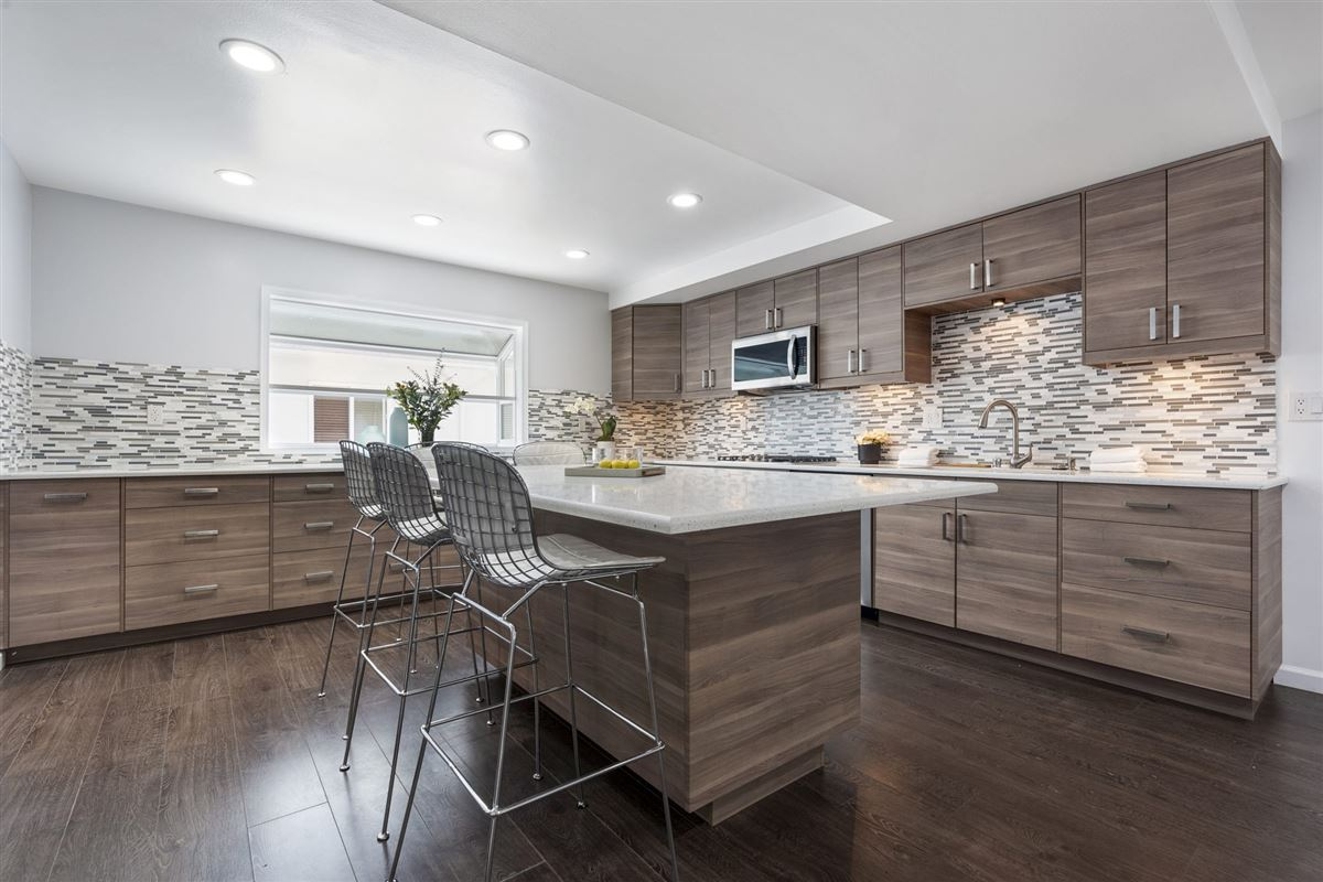 Luxury real estate rare beautifully styled three bedroom townhome