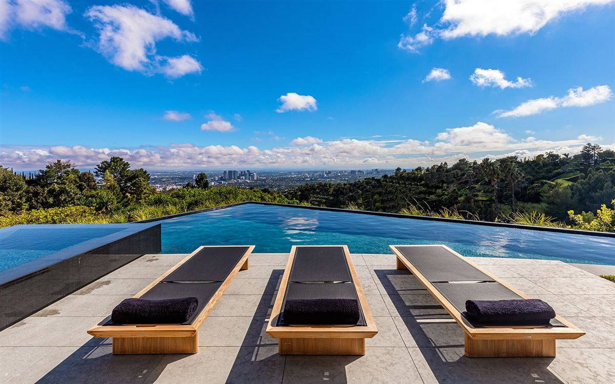 Luxury homes expertly crafted Trousdale Estates residence