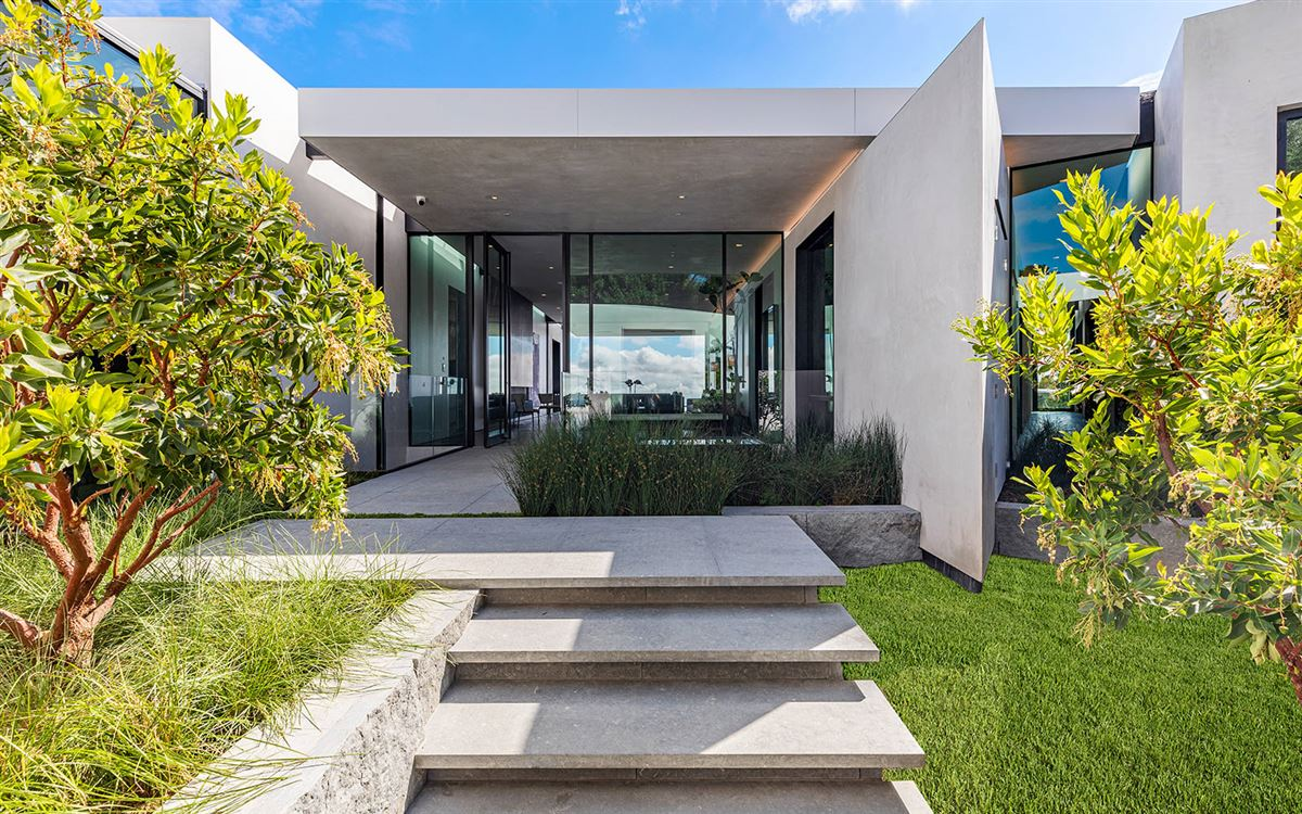 expertly crafted Trousdale Estates residence luxury homes