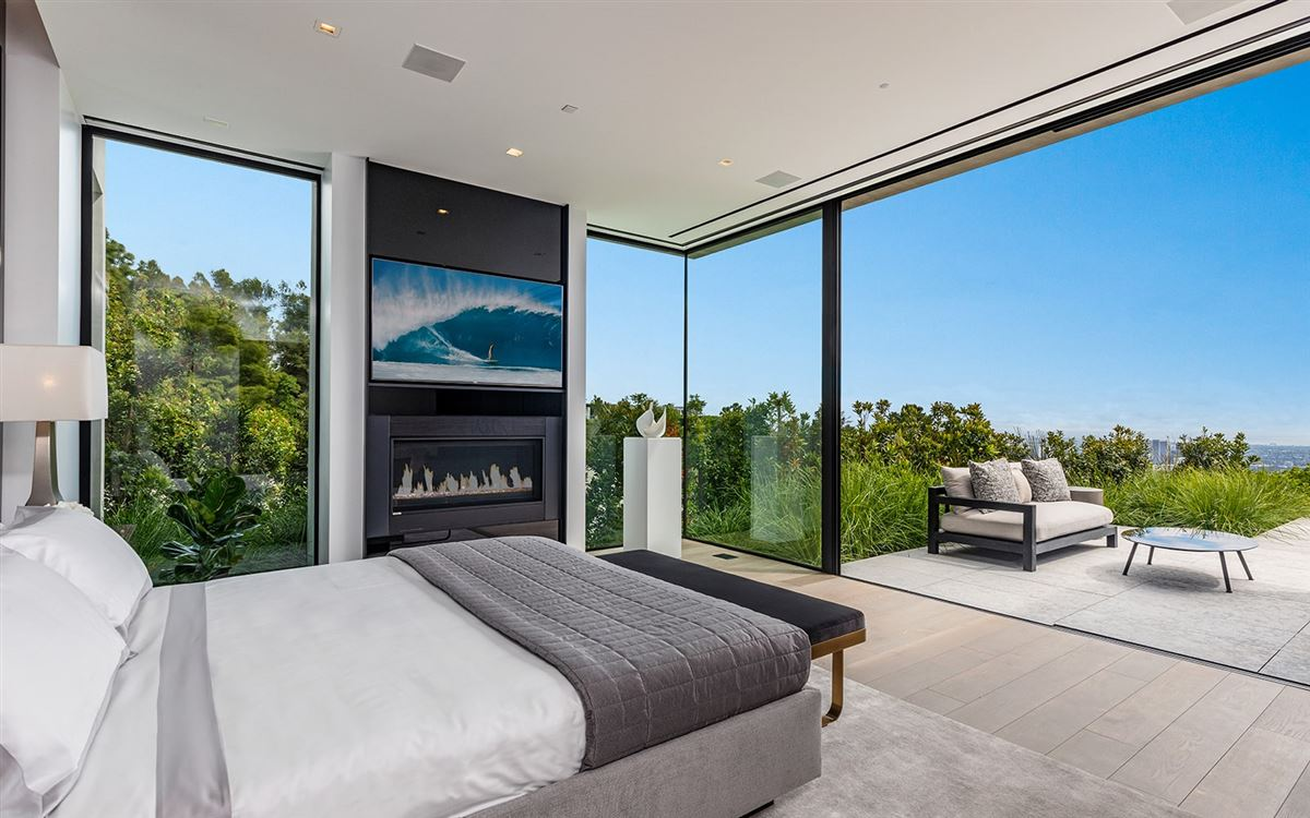 Luxury homes in expertly crafted Trousdale Estates residence