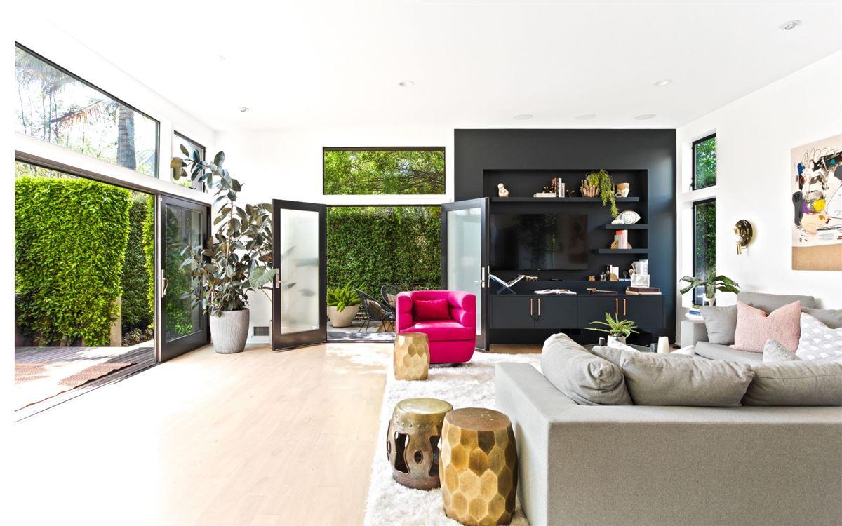 brilliant Venice contemporary luxury homes