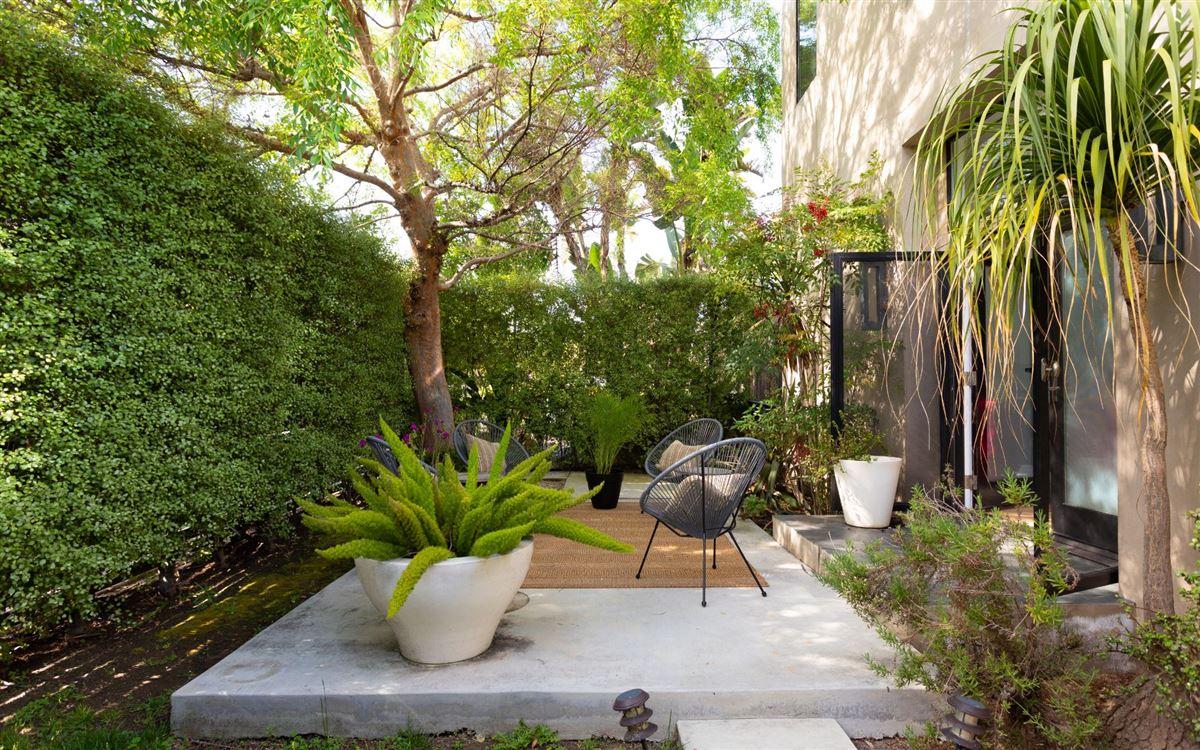 Luxury properties brilliant Venice contemporary