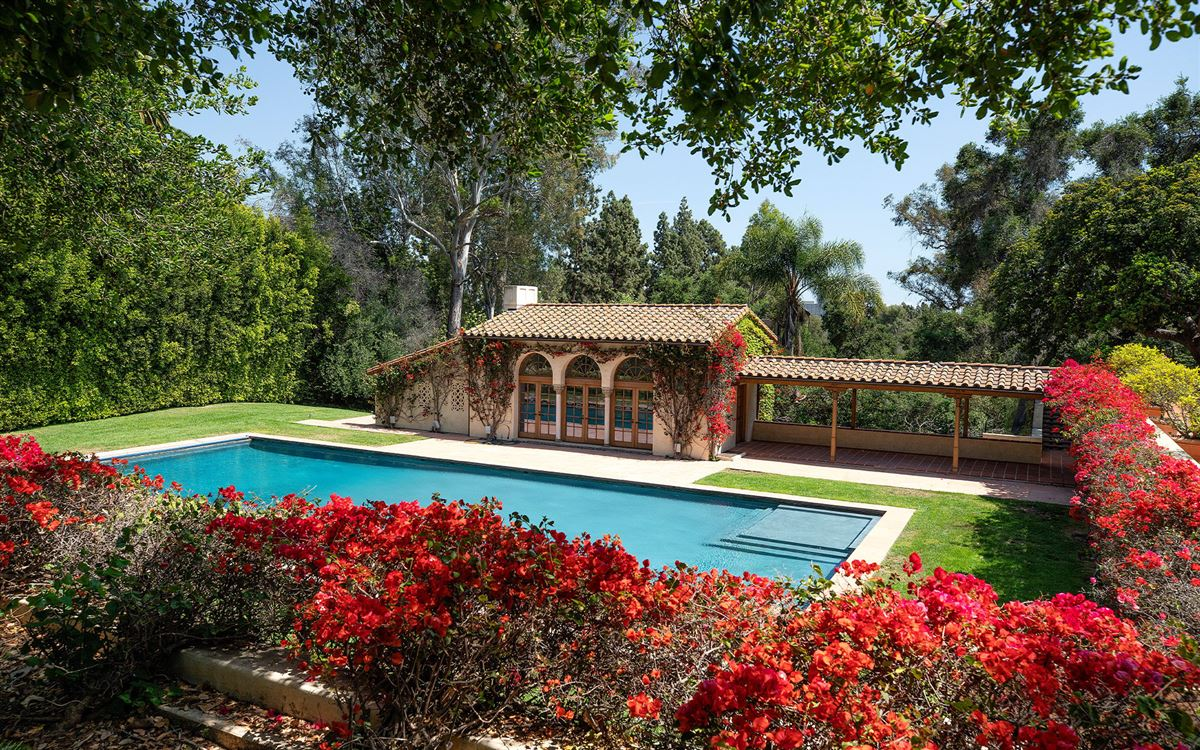 10 acres in the heart of Holmby Hills luxury real estate