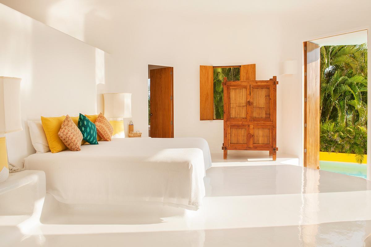 Sol De Oriente luxury real estate