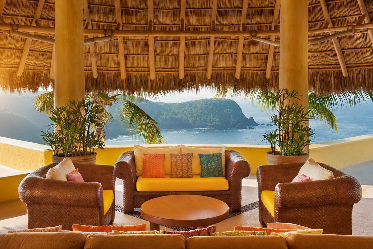 Luxury properties Sol De Oriente
