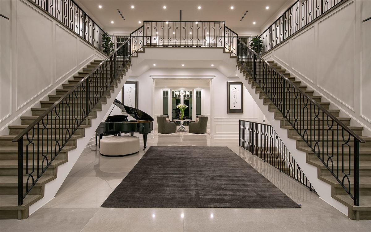 Luxury homes Exclusive East Coast Traditional Estate