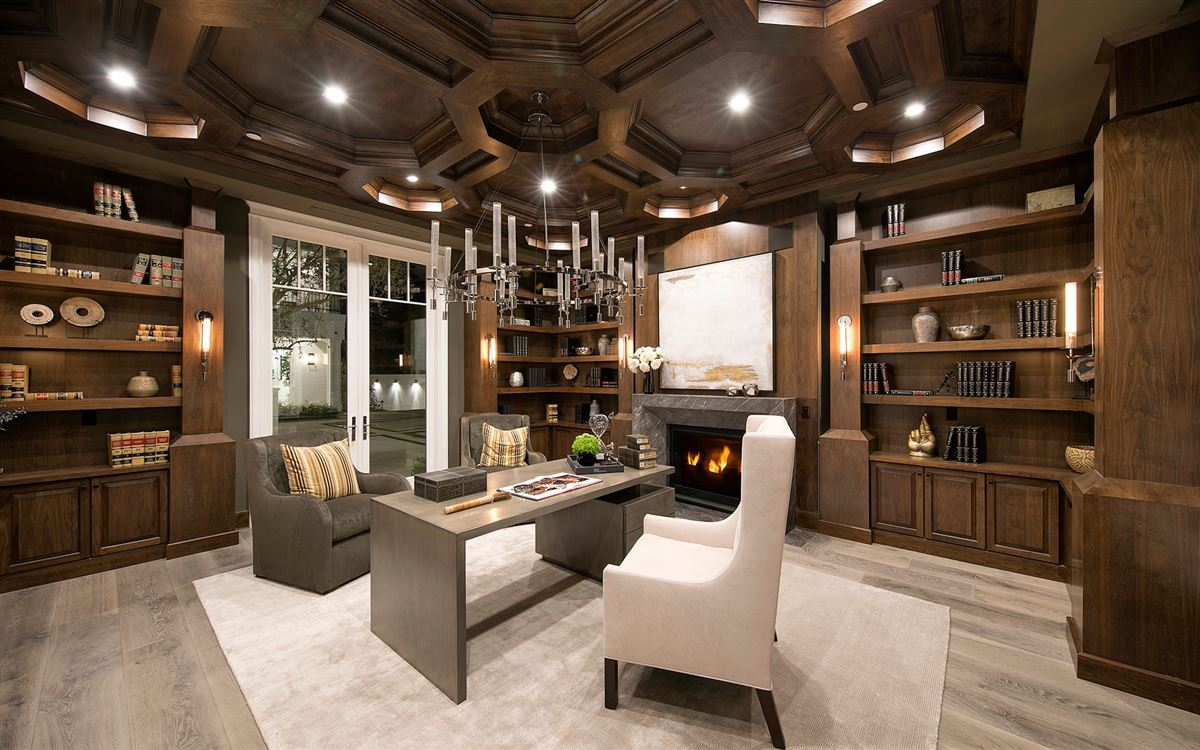 Exclusive East Coast Traditional Estate luxury properties