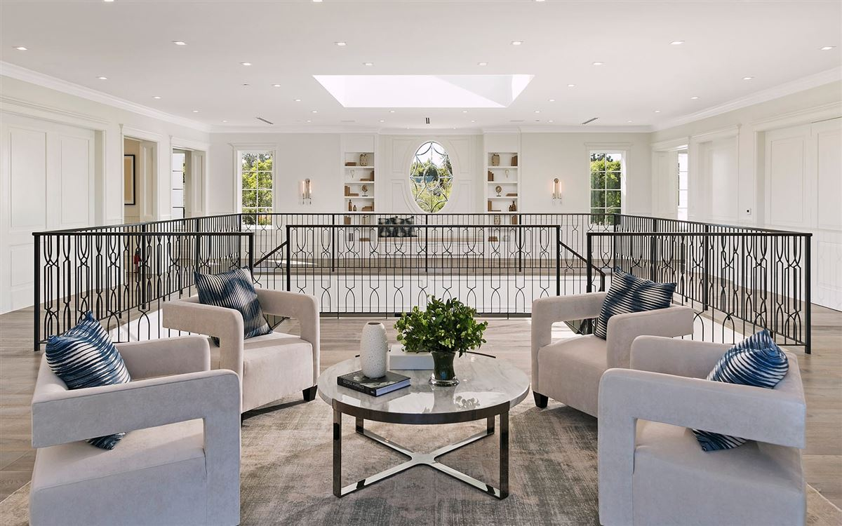 Exclusive East Coast Traditional Estate mansions