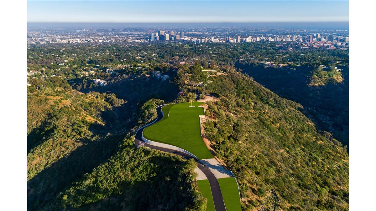 Luxury homes The Enchanted Hill above beverly hills