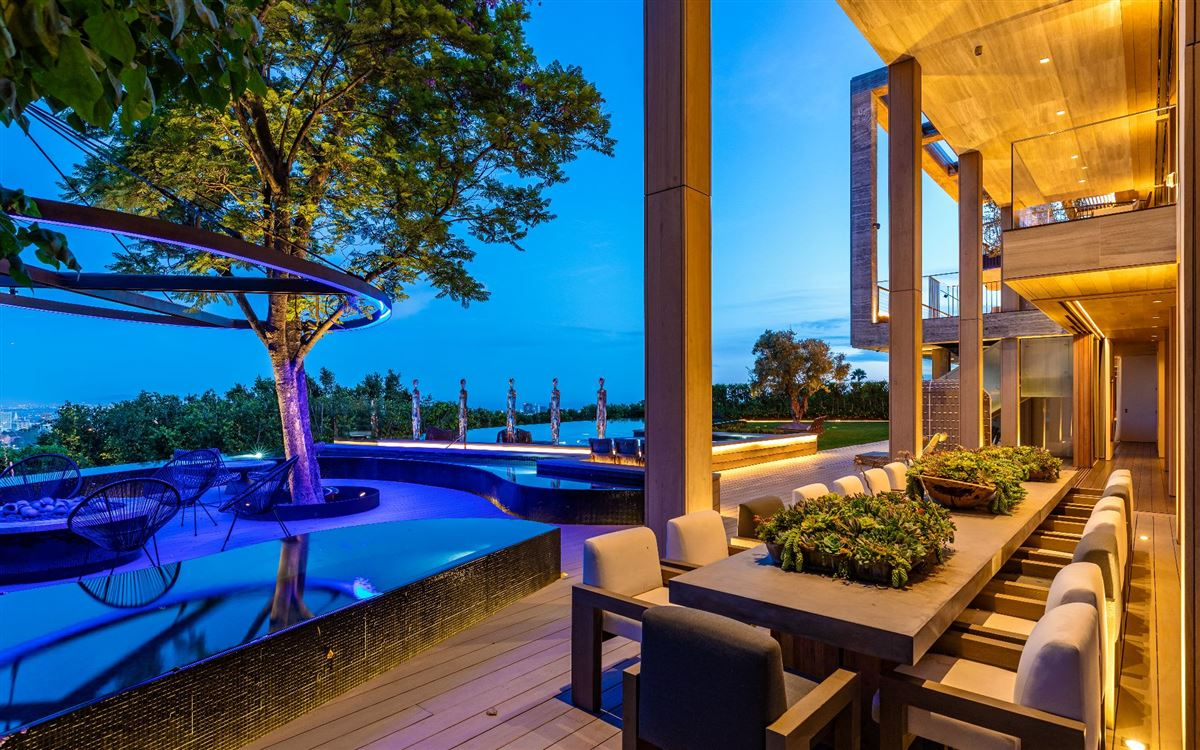 an Extraordinary Property luxury real estate