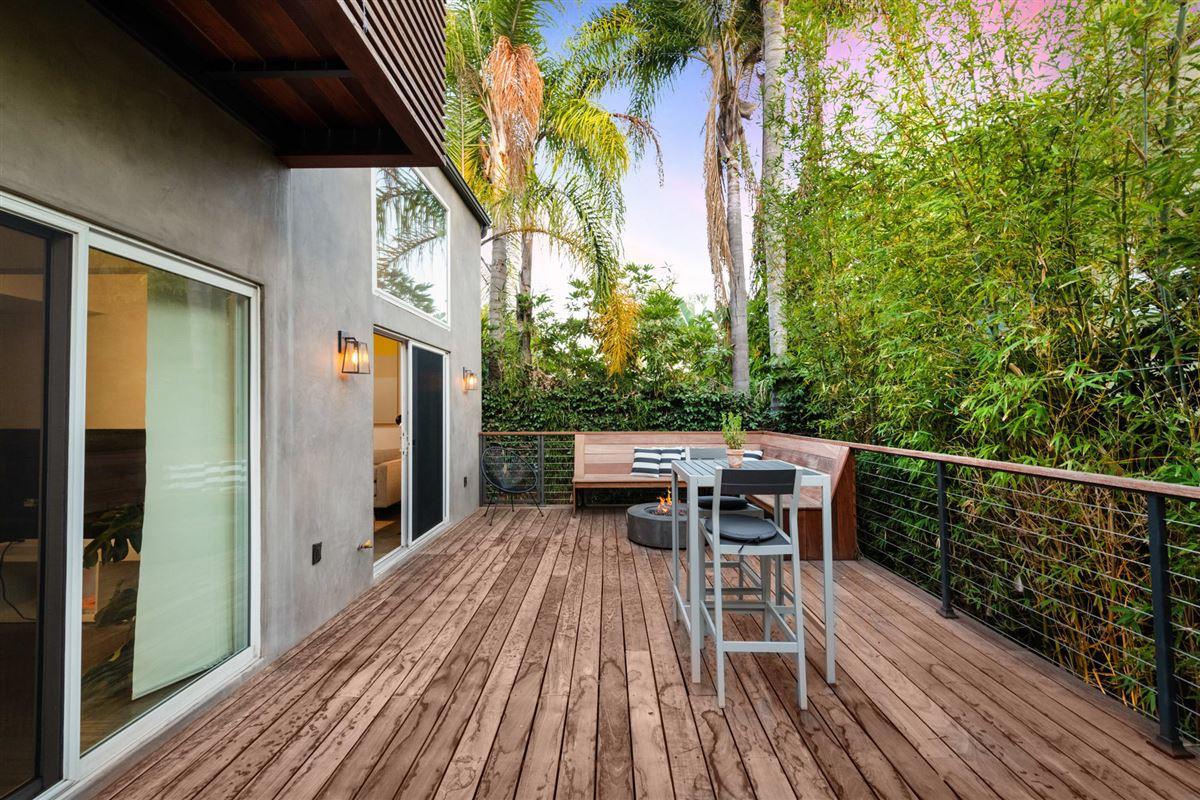 Luxury homes  cool sleek turnkey Venice home