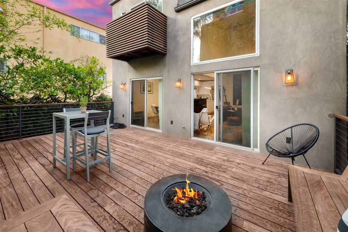 cool sleek turnkey Venice home luxury homes