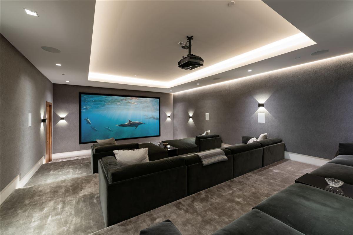 the pinnacle of splendor and luxury luxury homes