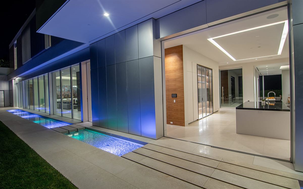 Luxury real estate the pinnacle of splendor and luxury
