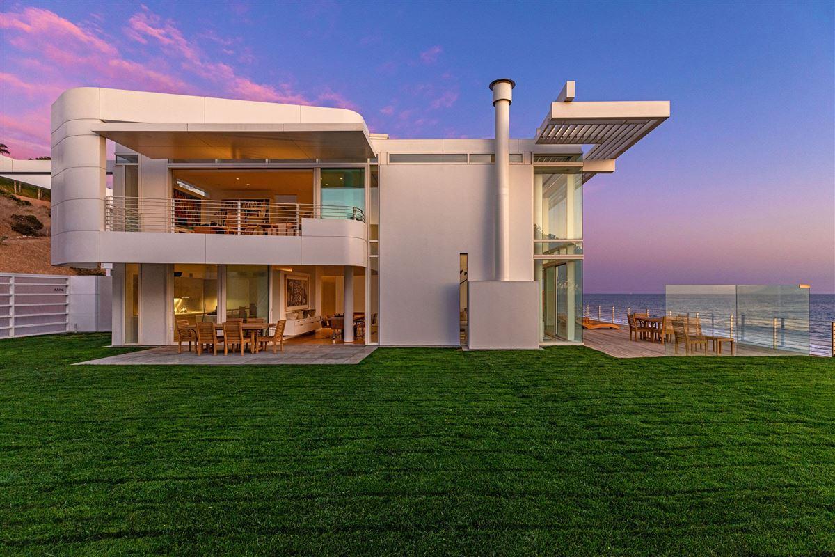 Luxury properties The Broad Estate