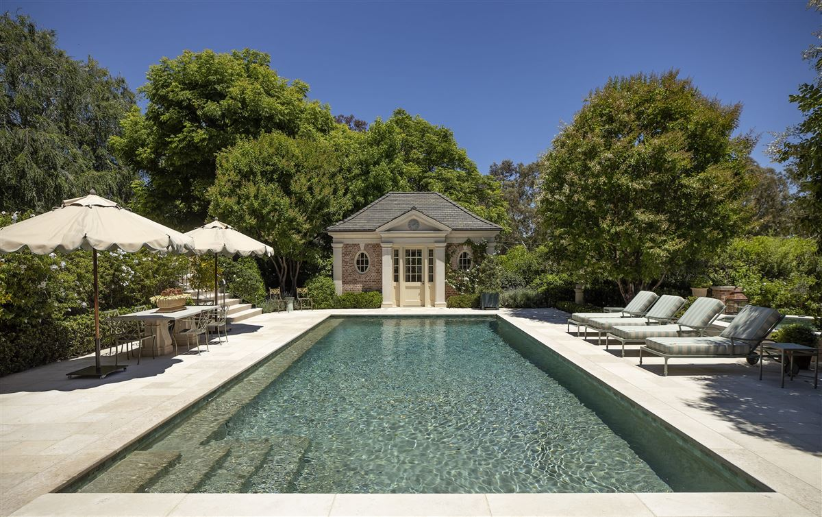 Luxury real estate rare and special Beverly Hills estate