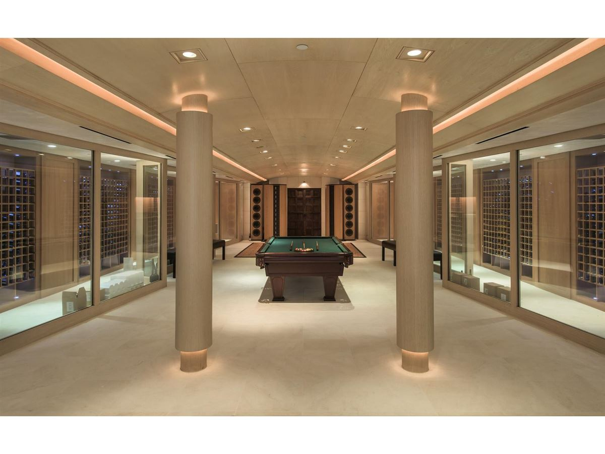Luxury real estate iconoclastic Holmby Hills compound