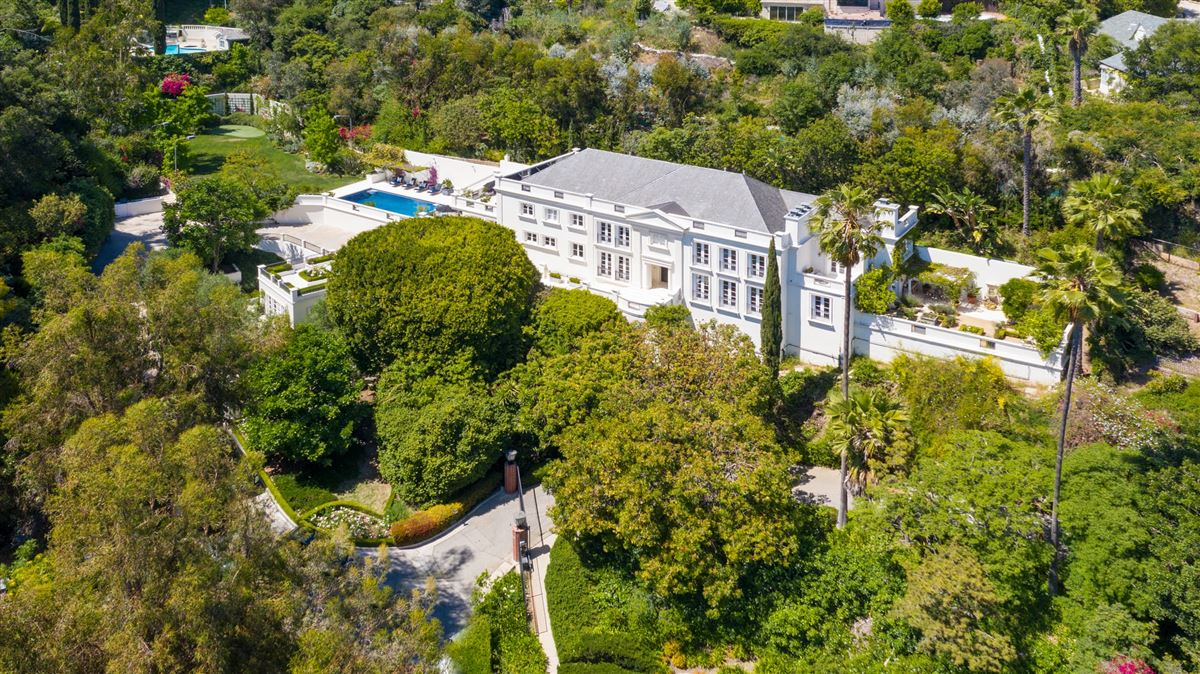Luxury real estate One of the finest examples of Bel-Air living