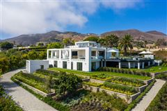 Luxury real estate finest newly-finished estate in malibu park