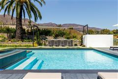 Luxury homes in finest newly-finished estate in malibu park