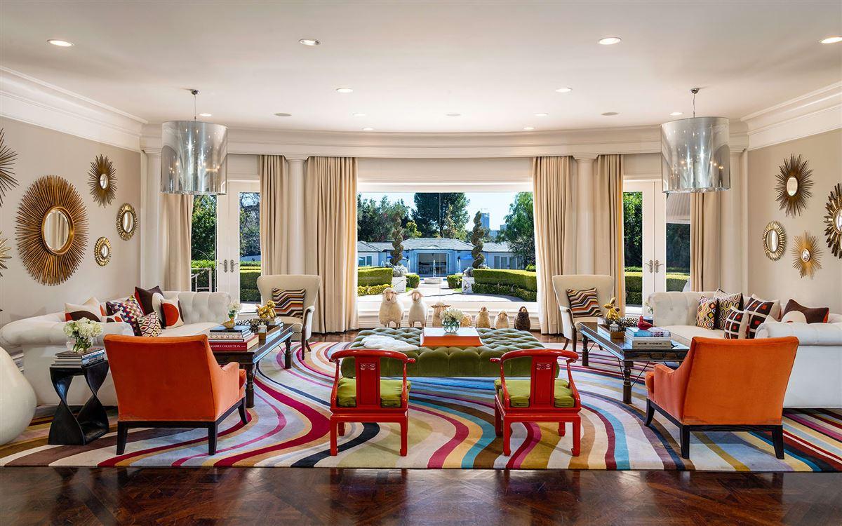 Maison Du Soleil luxury homes