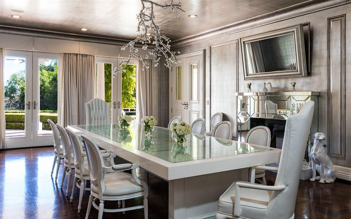 Luxury real estate Maison Du Soleil