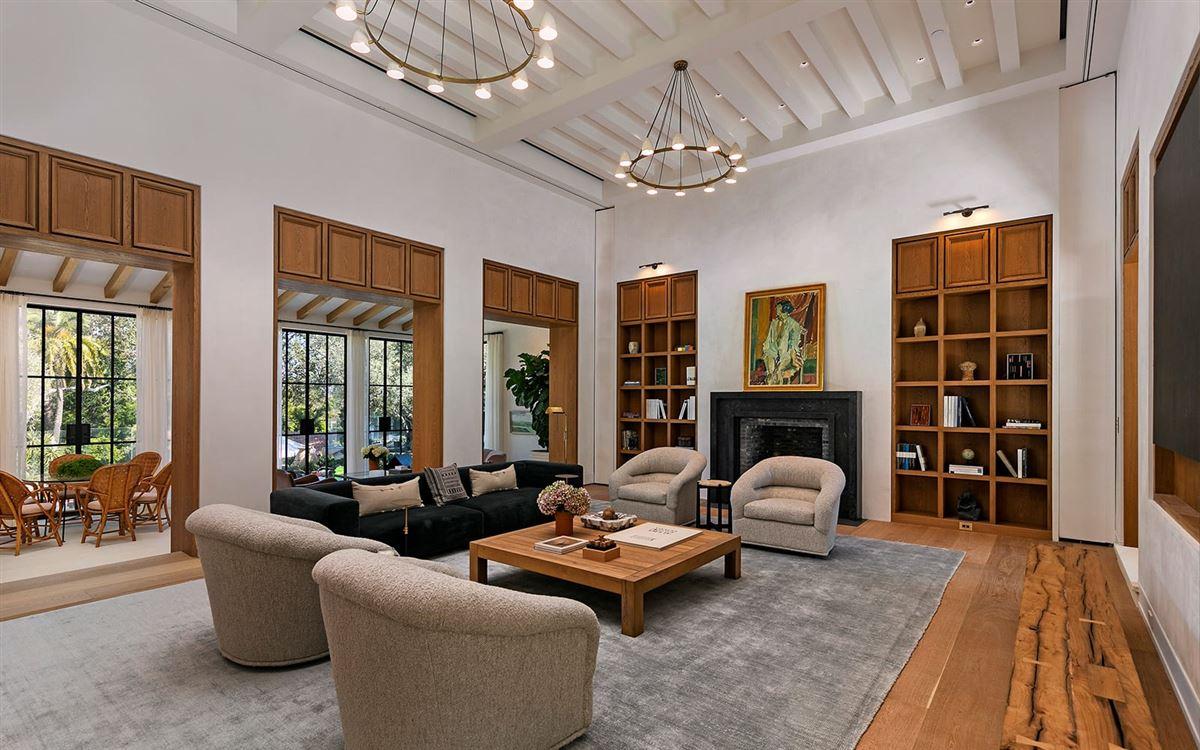 Bellagio Estate luxury homes