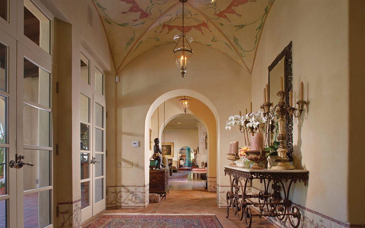 La Casa Pacifica - oceanfront estate luxury homes
