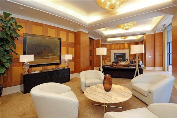 Luxury properties luxury living on Wilshire