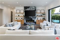 Luxury real estate Gorgeous new construction in El Medio Bluffs