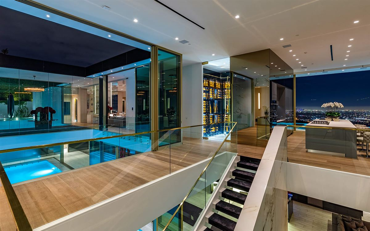 Mansions in The most spectacular modern house ever