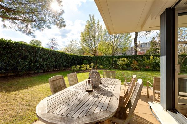 Luxury homes bright and spacious garden level apartment