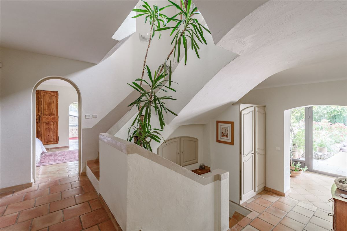 A property oozing with charm in a prime location luxury real estate