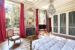 Mansions a stunning apartment in paris 2nd