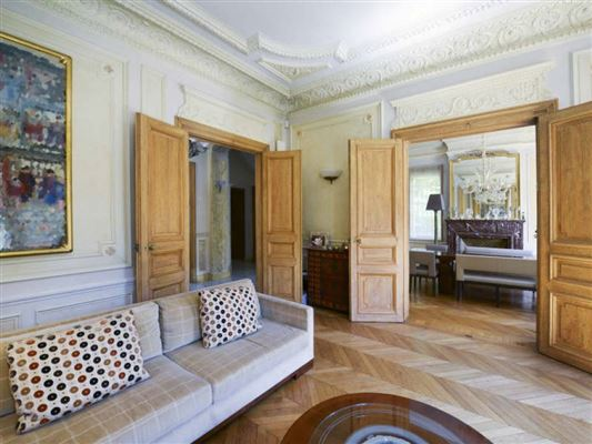 Exceptional townhouse in perfect condition luxury real estate
