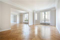 beautiful third floor apartment for rent mansions