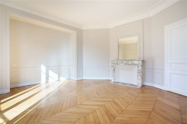 Luxury homes beautiful third floor apartment for rent