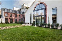 Mansions mansion in paris