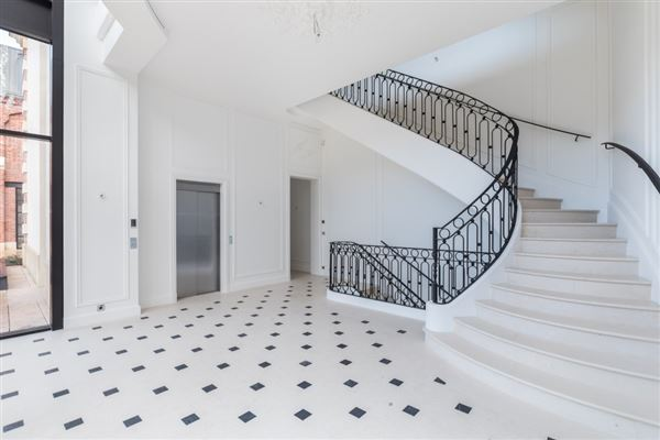 Luxury homes mansion in paris