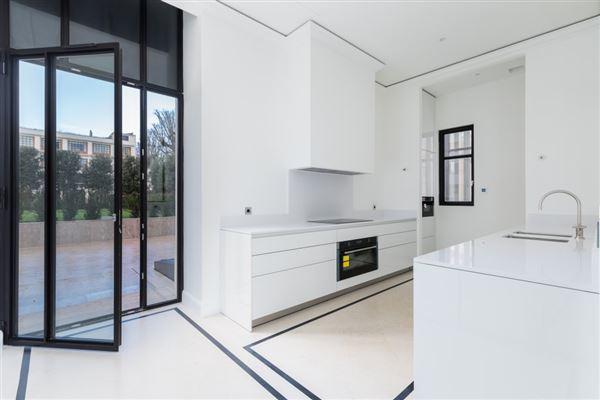 mansion in paris luxury properties