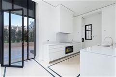 mansion in paris luxury homes