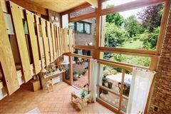 Luxury homes in property in Saint Cloud Montretout neighbourhood