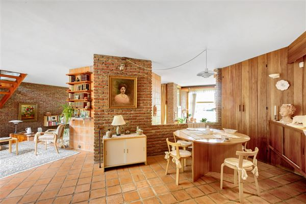 Luxury homes property in Saint Cloud Montretout neighbourhood