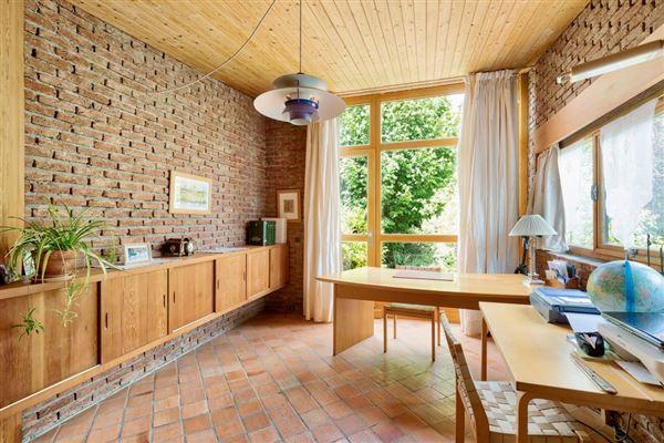 property in Saint Cloud Montretout neighbourhood luxury properties