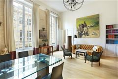 Mansions first floor split-level apartment for rent