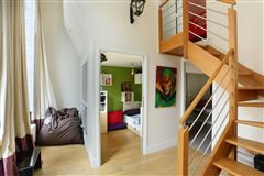 Mansions in first floor split-level apartment for rent