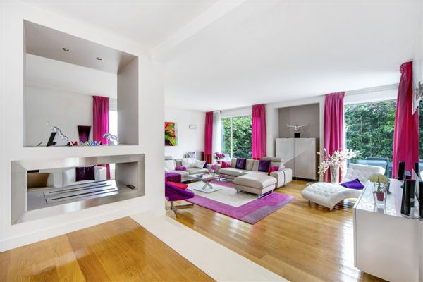 superb property in Saint-Cloud luxury real estate